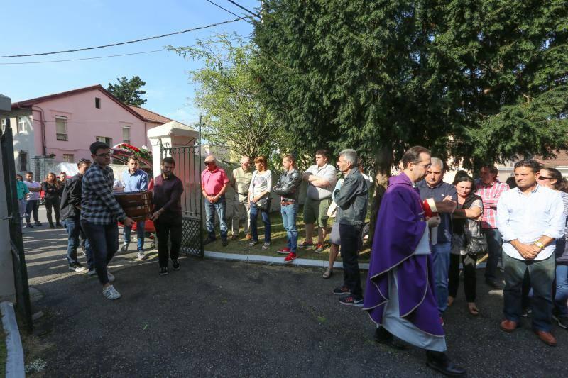 Avilés despide a Cándido González