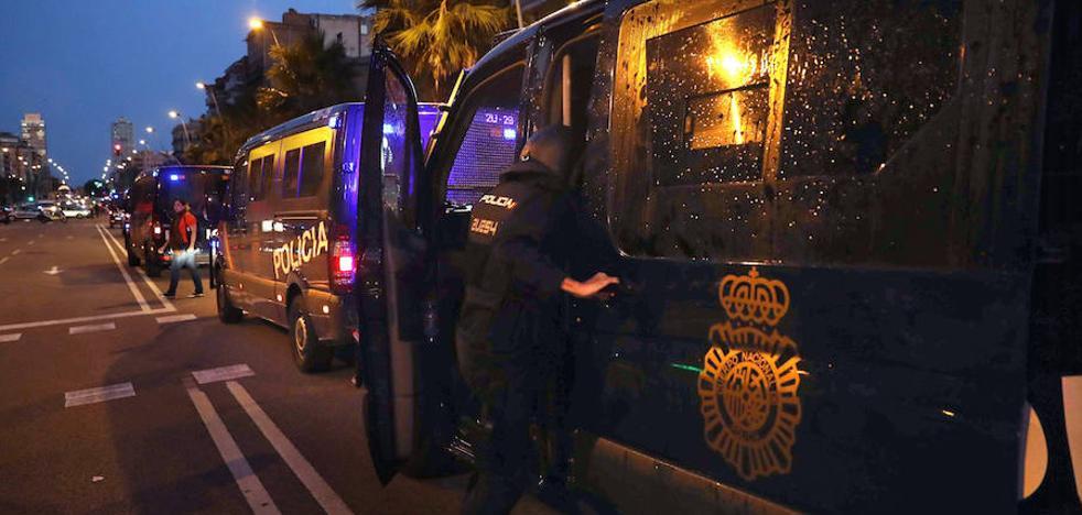 Interior envía más policías y guardias civiles a Cataluña «para apoyar a los Mossos»