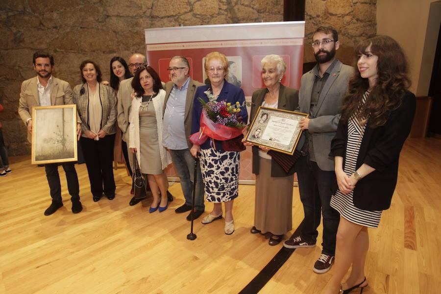 Hilda Farfante, premio Trece Rosas