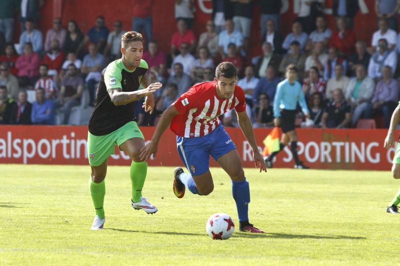 Sporting B 3 - 1 Izarra, en imágenes