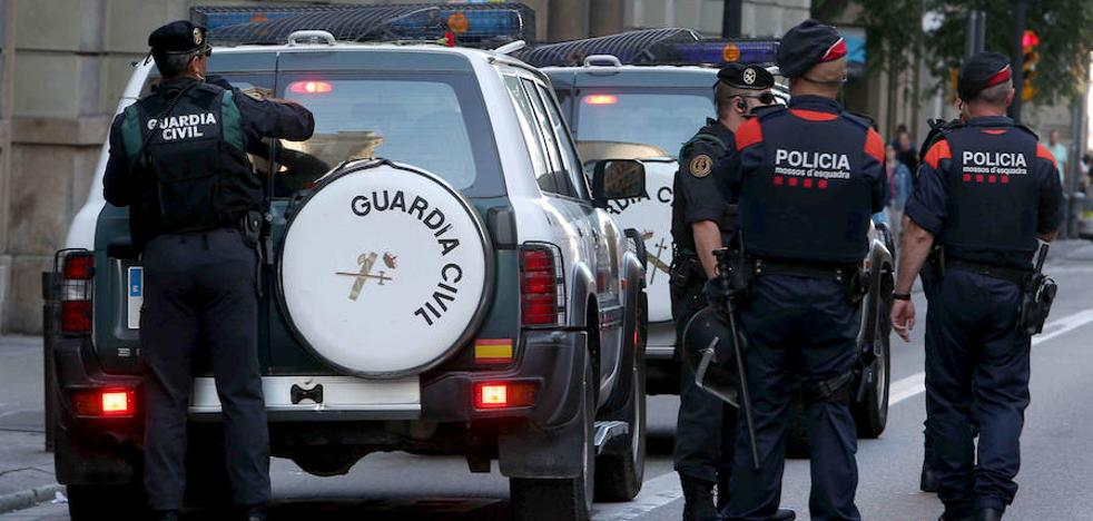 120 policías y 70 guardias civiles de Asturias ayudan a mantener el orden en Cataluña