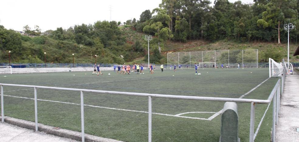 Un campo de fútbol para Quini