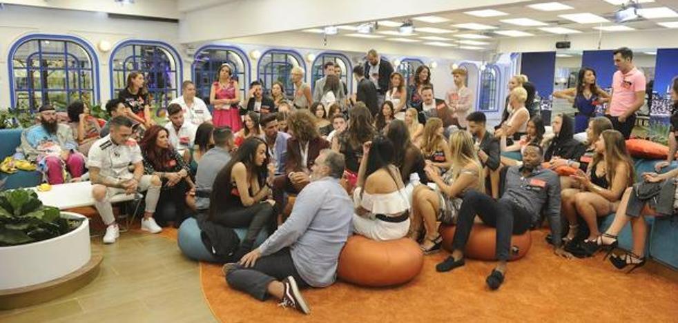 Seguidores de 'Gran Hermano' convocan una manifestación a las puertas de Telecinco