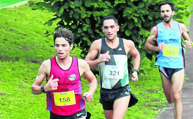 Félix Pont abre la nómina de ganadores del Maratón de Langreo