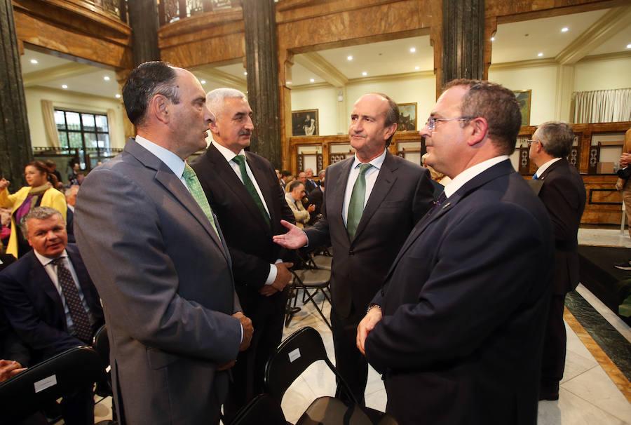 Mar Reguant recibe el Premio Fundación Banco Sabadell a la Investigación Económica