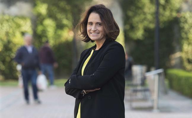 Lucía Rodríguez, profesora del colegio de la Inmaculada de Gijón, opta al 'Nobel' de educación