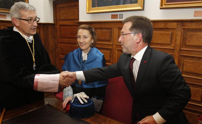 Genaro Alonso: «El contrato-programa es un muy buen acuerdo para la Universidad»