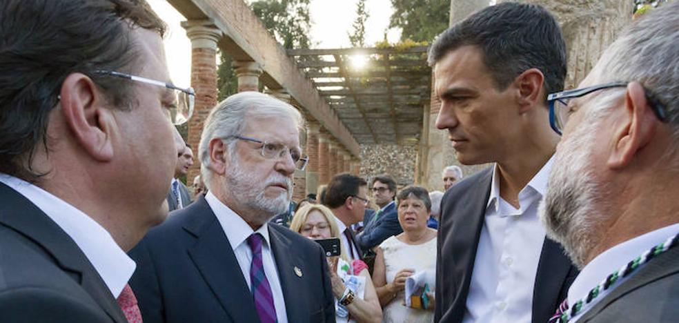 Históricos dirigentes del PSOE critican la posición de Pedro Sánchez sobre Cataluña