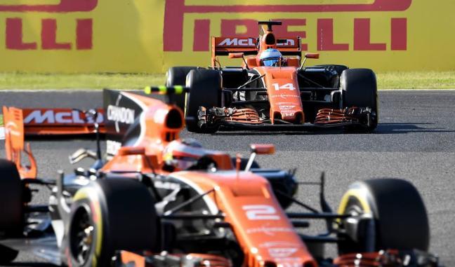 Alonso, sancionado por ignorar las banderas azules