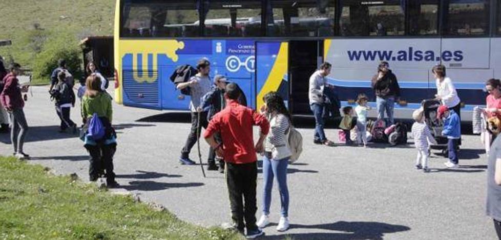95.504 usuarios aprovecharon el plan de transporte a los Lagos de Covadonga en agosto