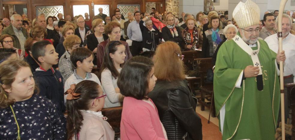 Sanz Montes inaugura la 'nueva' iglesia de Santa María de Trubia
