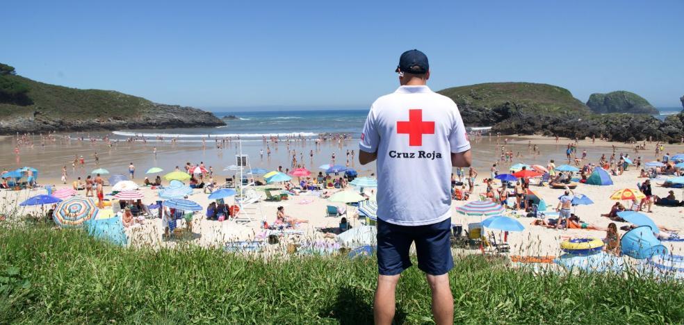 Los socorristas realizaron 44 rescates en las playas del Oriente este verano