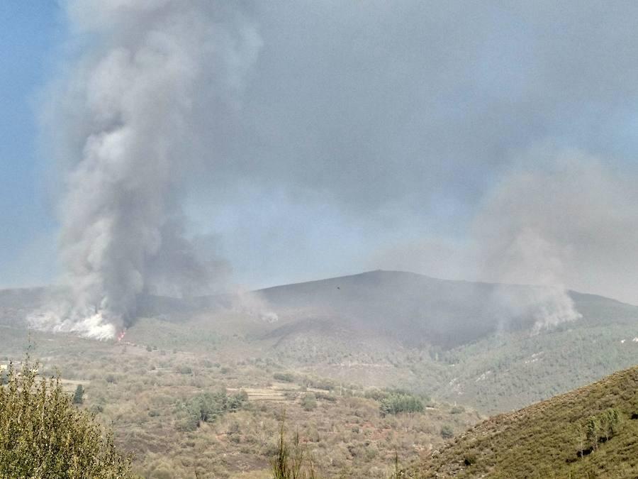Preocupación en Ibias por un incendio forestal