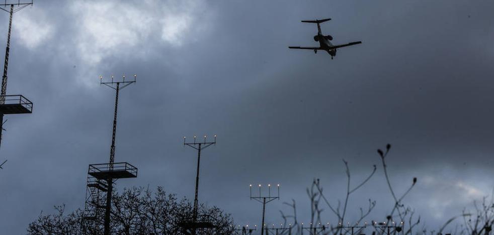 El aeropuerto desconectará durante dos meses el sistema antiniebla para modernizarlo