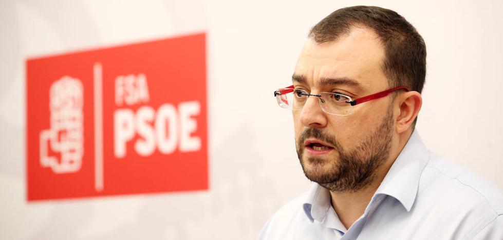 Barbón tilda de «esperpento» la intervención de Puigdemont