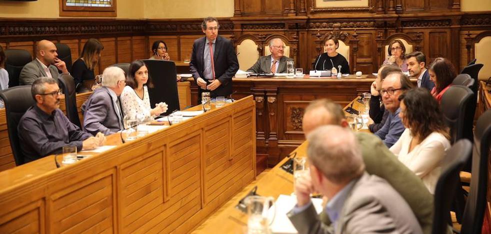 El Pleno rechaza la propuesta de Foro y aprueba las tarifas para 2018