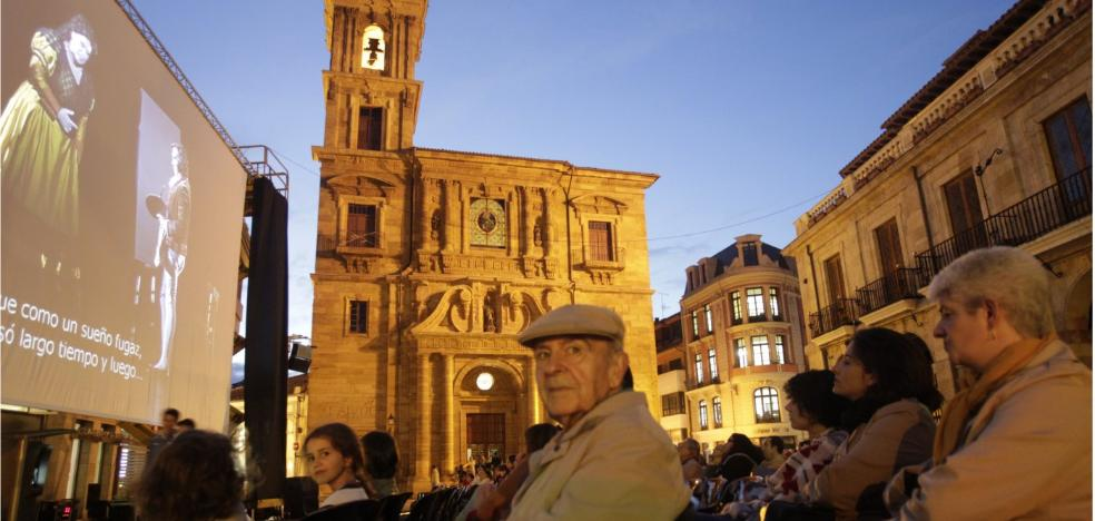 Un trovador en el Ayuntamiento