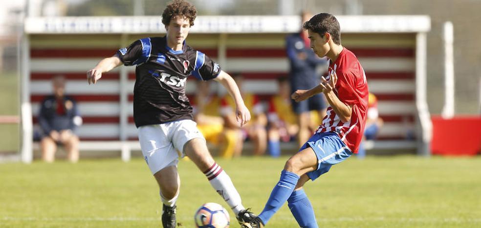 El Sporting juvenil derrota sobre la bocina al TSK Roces