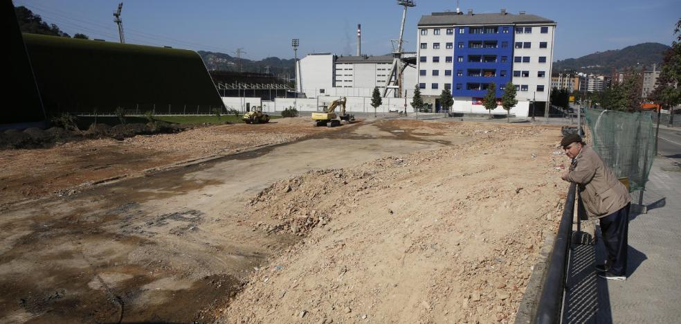 Langreo iniciará «en breve» la obra del aparcamiento en la parcela del cuartel