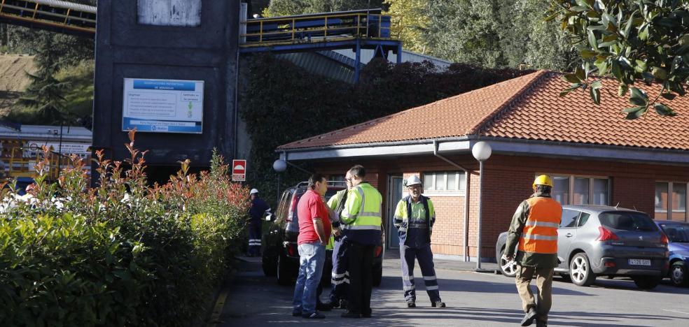 Los sindicatos piden celeridad para esclarecer el accidente laboral de Ciaño