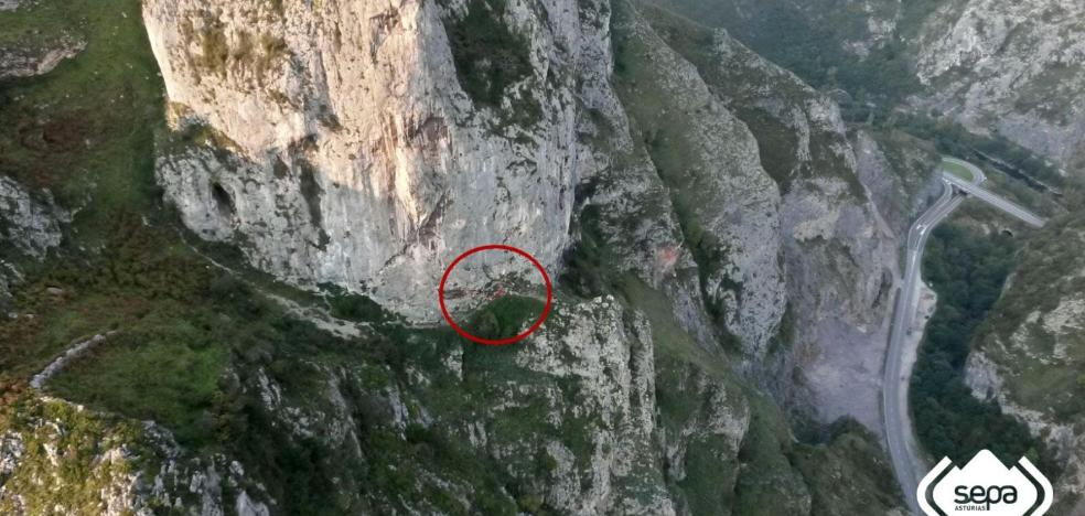Dos montañeros heridos en Morcín y Quirós son evacuados en helicóptero