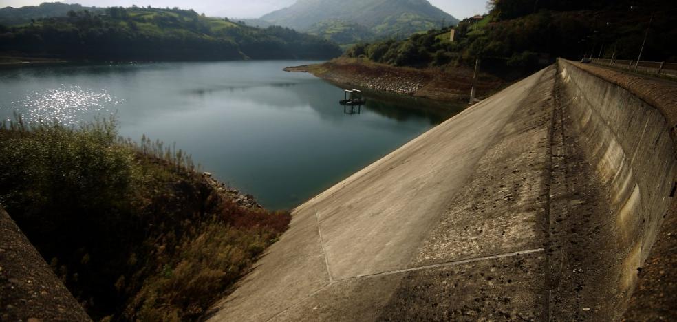 Los embalses asturianos en la peor situación en una década