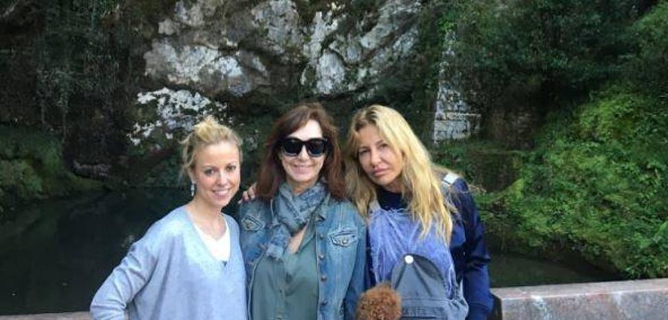 Ana Rosa Quintana y Cristina Tárrega visitan Covadonga