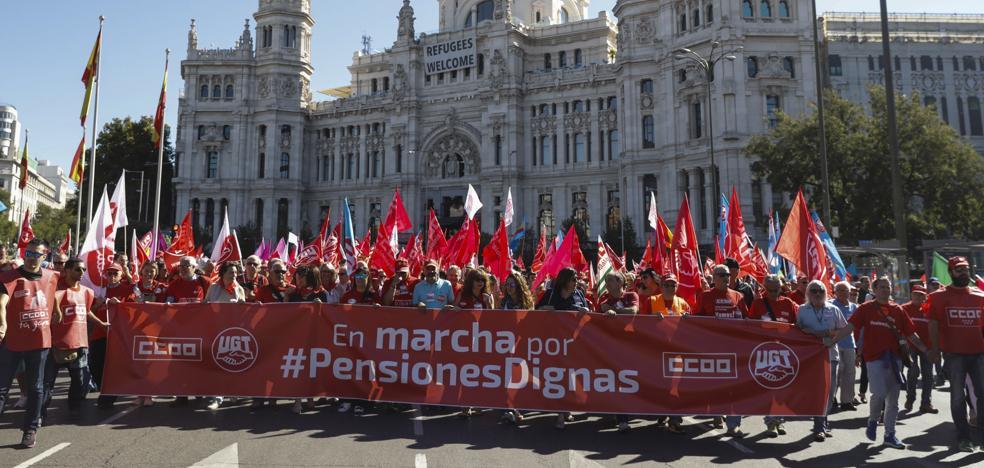 Las cuentas de actualizar las pensiones no salen