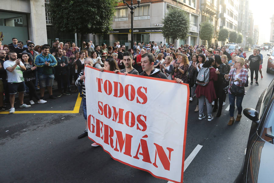 Gijón se vuelca con Germán tres meses después de la agresión en Fomento