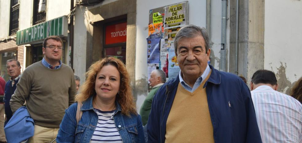 Cascos reivindica en Cangas del Narcea la autovía para unir La Espina con León