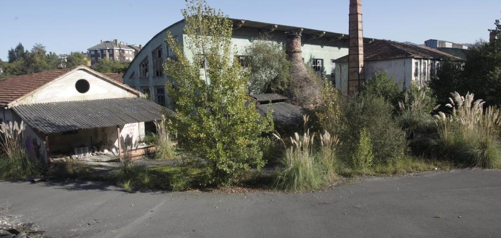Oviedo comprará la fábrica de loza para hacer un centro de exposición