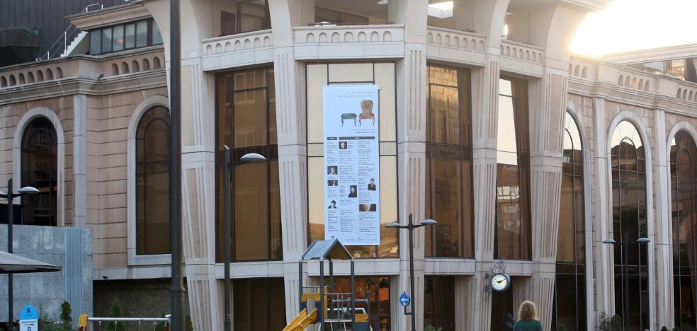 El gobierno local estudia cómo reforzar el control de la seguridad en sus edificios