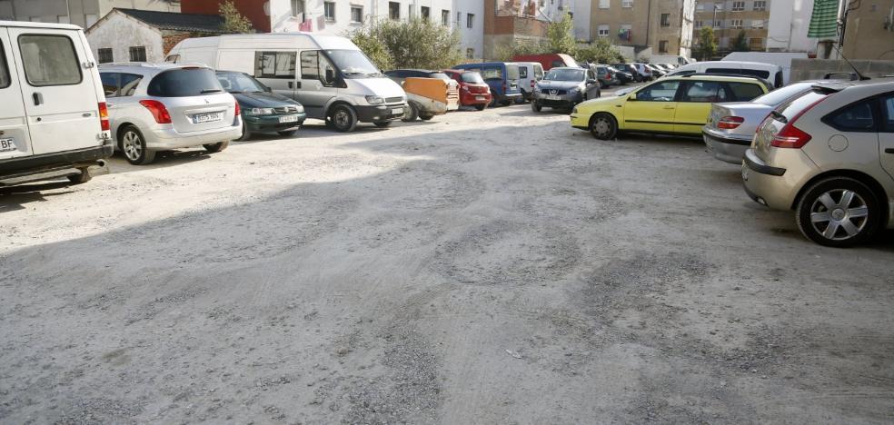 Partidos y vecinos de Lugones piden eliminar la zona azul y más plazas