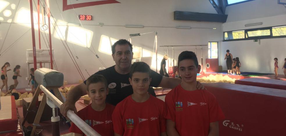 Pelayo Rubio, Pelayo Mateo y Xuan Ceñal se entrenan con la selección