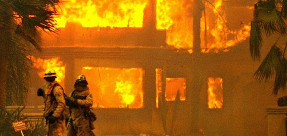 Incendia su casa por usar un soplete para matar a una araña