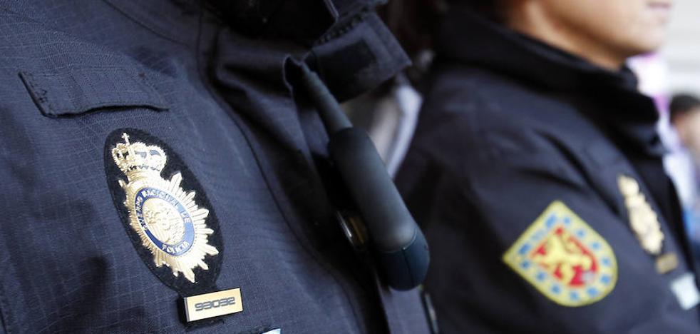 La justicia europea ve «discriminatorio» establecer la misma estatura mínima a hombres y mujeres para entrar en la Policía