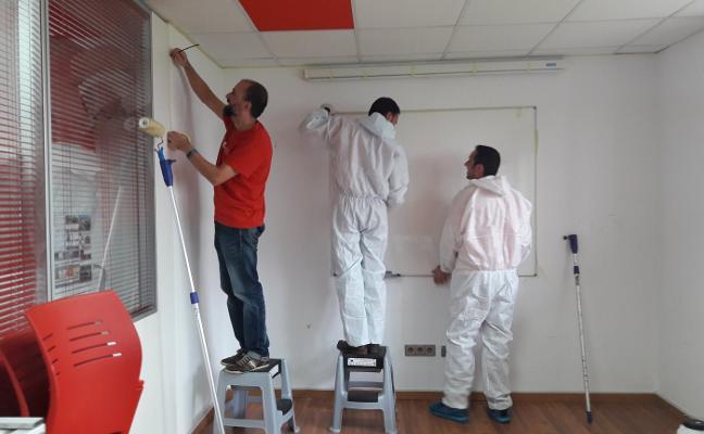 Cruz Roja de Gozón prepara la futura sede de 'Éxito escolar'