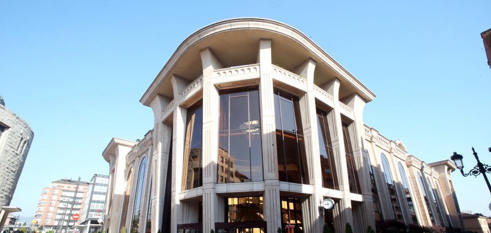 Ana Rivas: «El Auditorio es un edificio ilegal, no cumple la normativa ni vacío ni lleno»