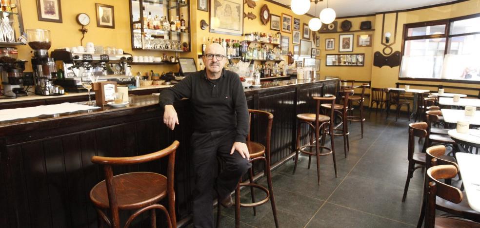 Desaparece Chano Castañón, dueño del Café Gregorio, cuando pescaba en Ribadeo