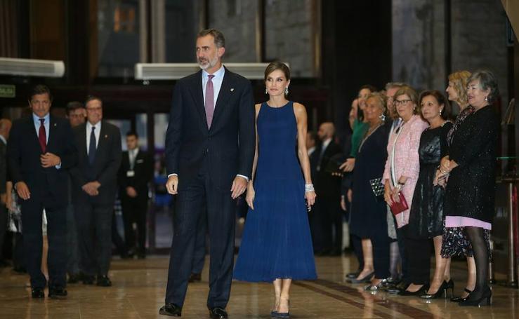 Los Reyes a su llegada al Auditorio Príncipe Felipe de Oviedo