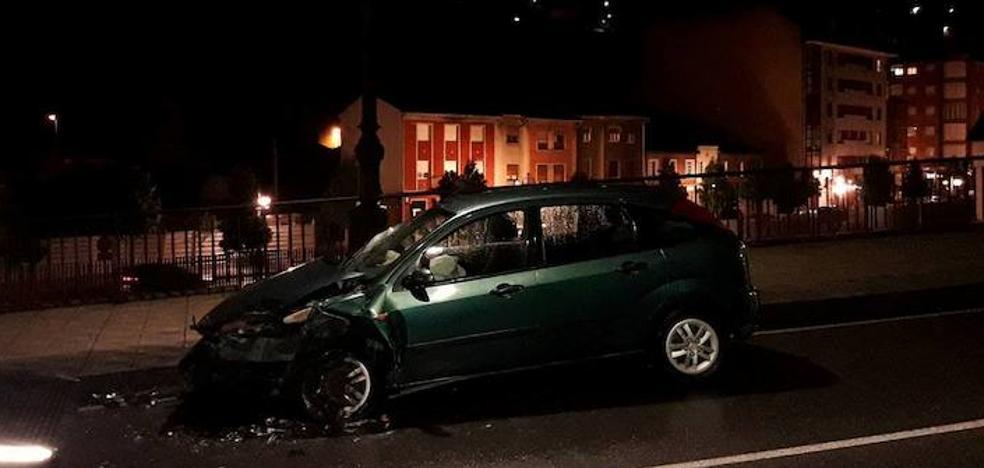 Dos heridos en un accidente de tráfico en Langreo
