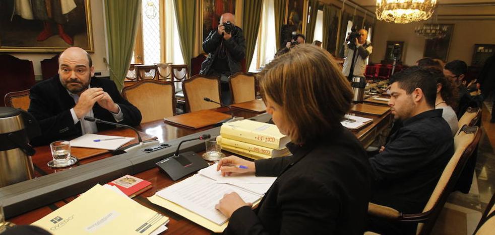La comisión de investigación del caso 'Aquagest' atribuye «responsabilidades» a Caunedo