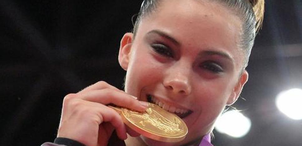 La campeona olímpica Maroney sufrió abusos desde los 13 años