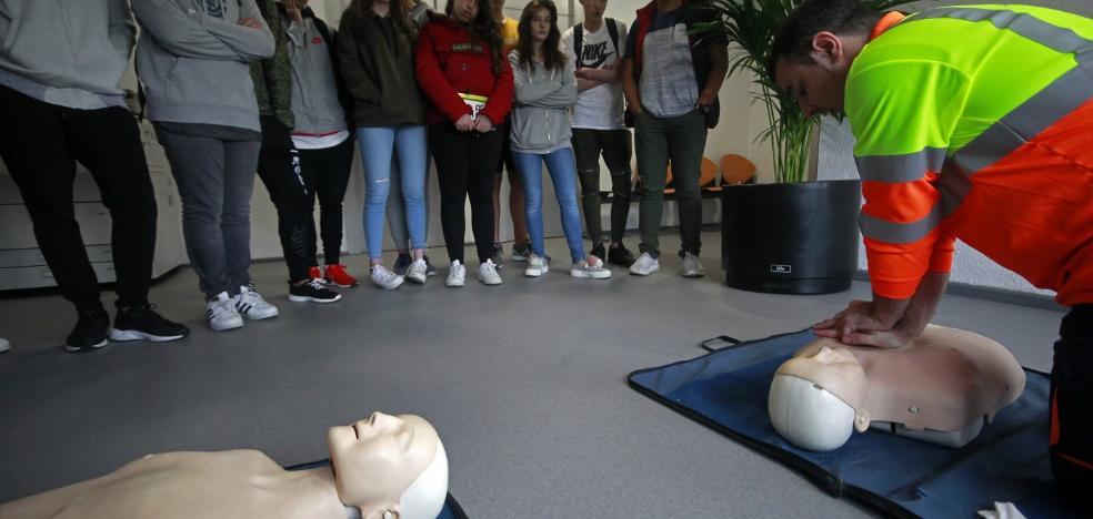 Aprender a salvar vidas reviviendo los corazones