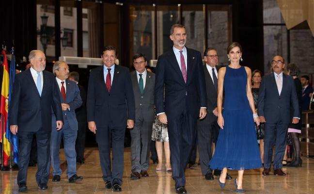 La presencia de Rajoy en la ceremonia hace de los Premios una gran cumbre en plena crisis