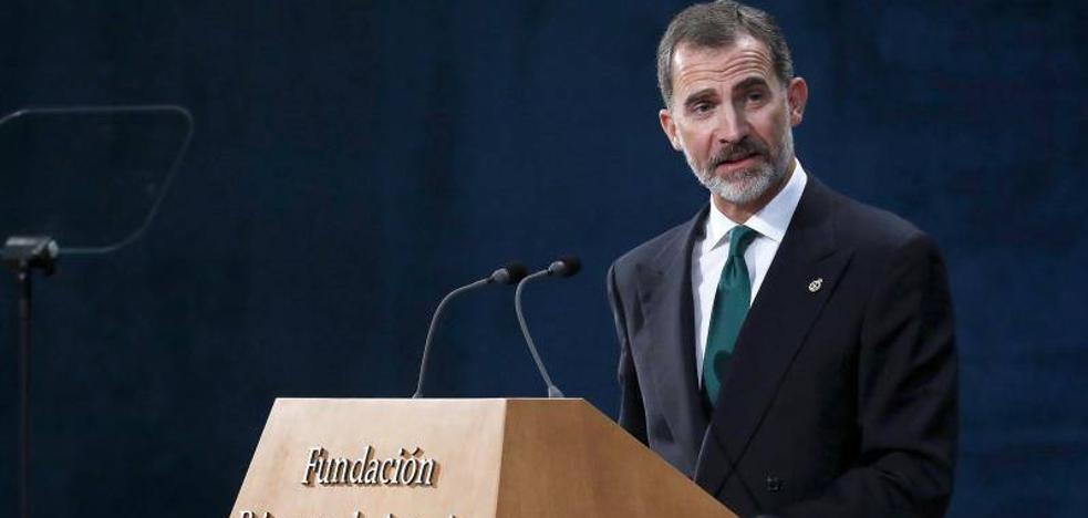 Felipe VI: «España resolverá el inaceptable intento de secesión por medio de sus legítimas instituciones»