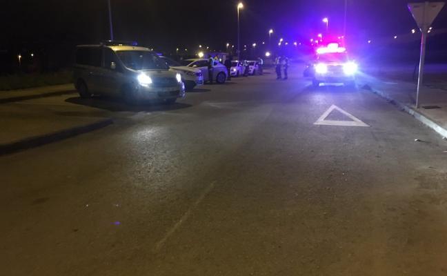 Denunciados diez conductores en una concentración de coches en Avilés