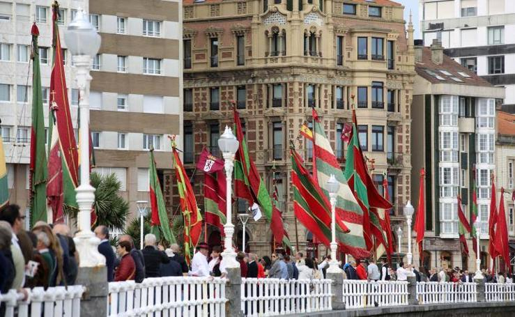 Ejemplo de fraternidad entre León y Gijón