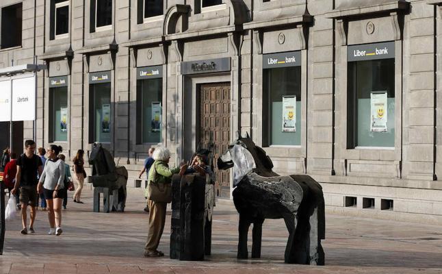 Liberbank pierde 270 millones tras desprenderse de buena parte de su ladrillo