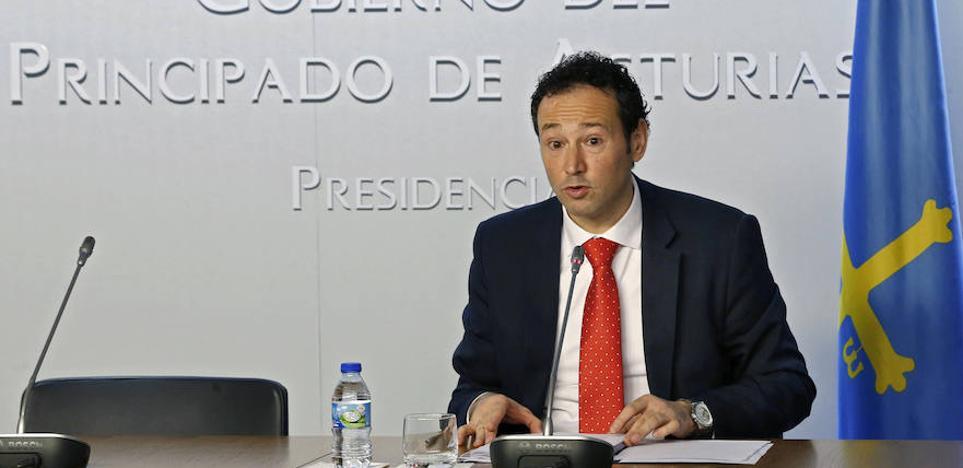 «En política no se puede hacer el ridículo», dice el Gobierno asturiano sobre Puigdemont